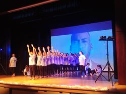 Grade 8's Visit CCI to see Dance Recital